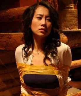 演员温峥嵘 42岁的温峥嵘现在都没有结婚,曾经为了拍戏竟然喝春药,太拼了