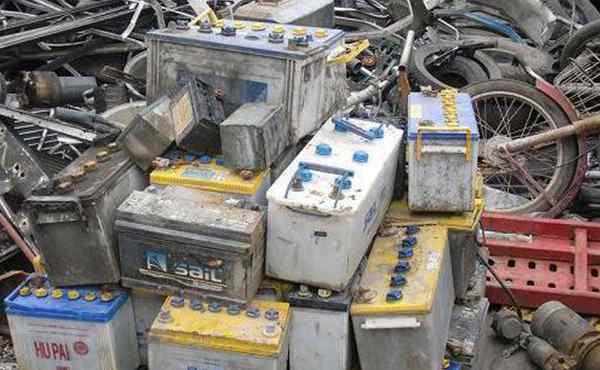 废旧电瓶回收 旧电瓶很值钱么?那么回收后的旧电瓶都去哪