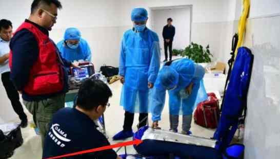 病危双胎转院北京  早产婴儿不到4斤转院北京什么情况