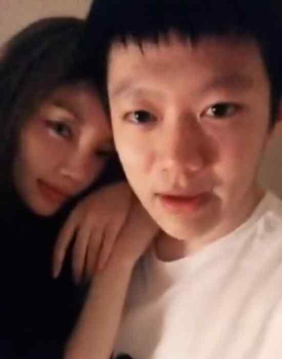 李小璐 PGone 连发两段亲密视频 李小璐贾乃亮离婚了