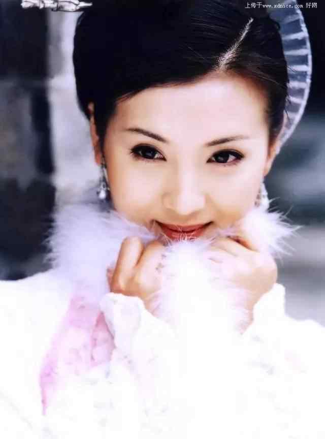 """滕汝骏 她是曾经的收视女王""""万人迷"""",美貌不输范冰冰!嫁百亿老公后神秘消失,如今竟……"""