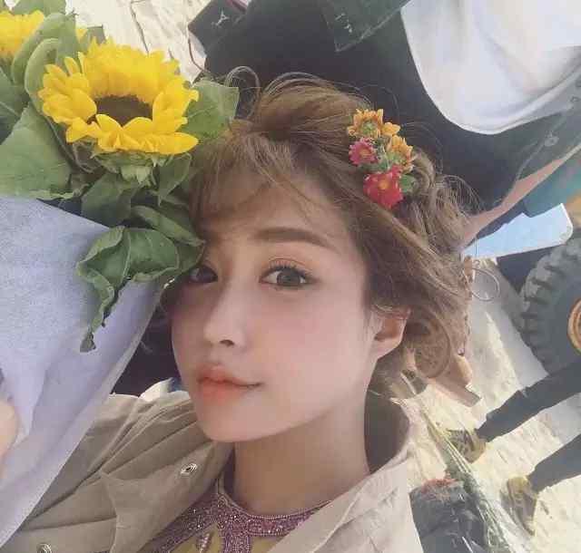 模特yoyo YOYO ,她是学霸界颜值扛把子模特界才华人品担当