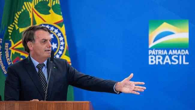 巴西总统确诊新冠 事情经过真相揭秘!
