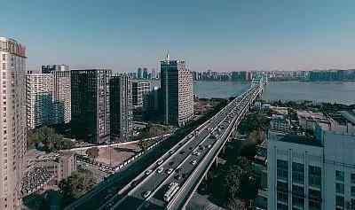 杭州半岛国际 楼事杭州:半岛国际成交价破6!滨江与下沙的10年,隐藏着哪些买房真理?