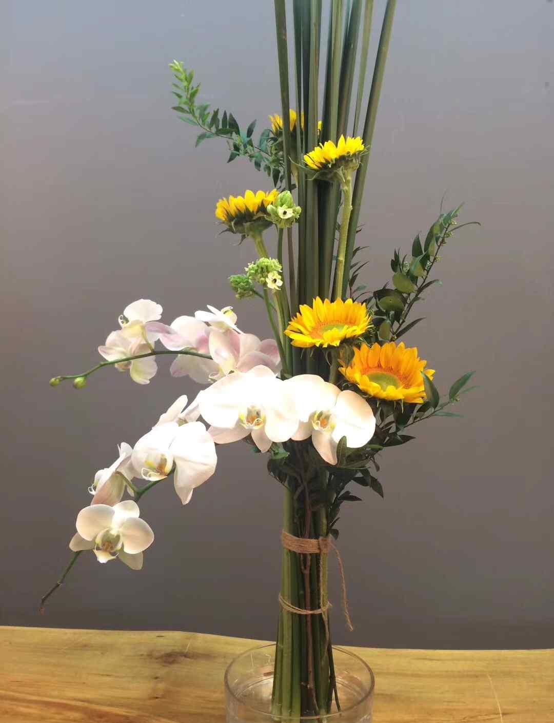 鲜花花束 鲜花花束——平行花束