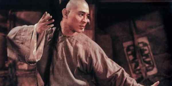 铁布衫 李连杰版黄飞鸿中的五大反派,铁布衫屈居第二,第一已是功夫巨星