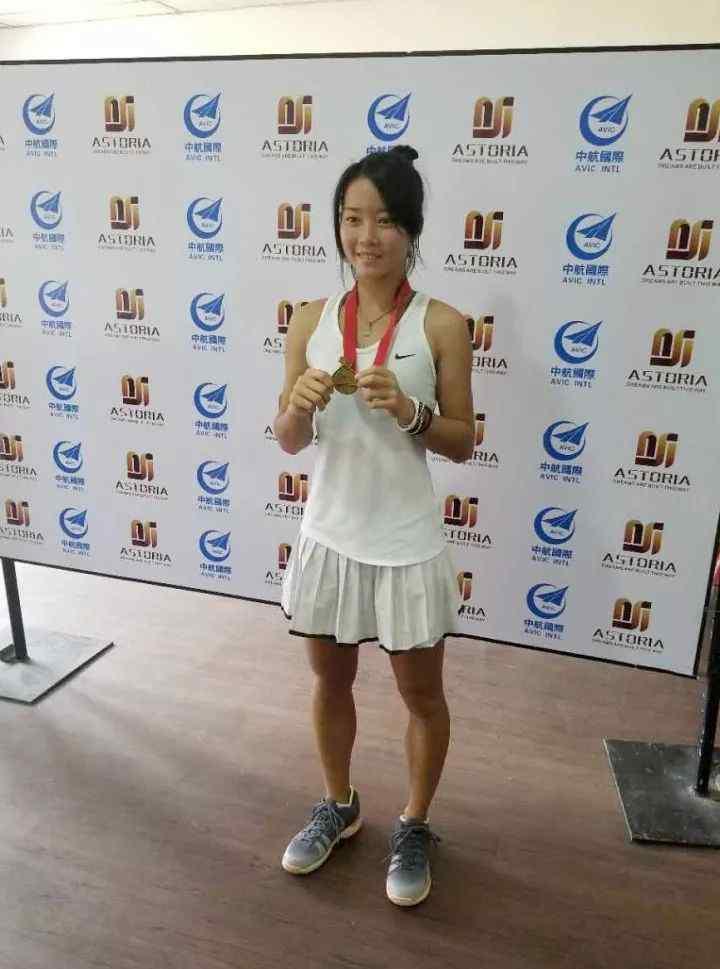 网球大师 《网球大师》3个月前专访过的马烨欣,如今已首获ITF女单冠军 !