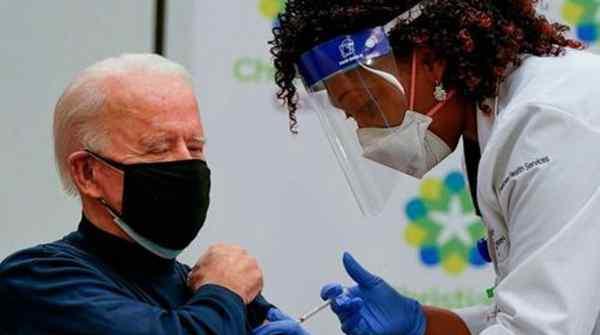 拜登公开接种新冠疫苗 副总统哈里斯将与拜登相隔一周后接种