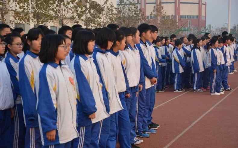 中国男女性成人平均身高出炉 中国男女身高体重标准表格