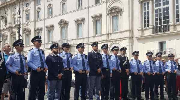 中意警方联合巡逻,有助于深化两国执法合作