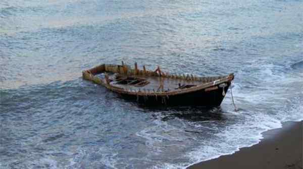 日本大量幽灵船再现,今年数量已接近百艘