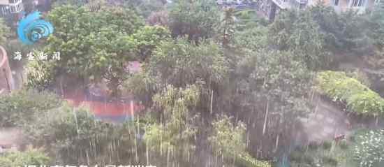 实拍北京暴雨侵袭 催的越狠下的越急