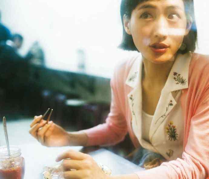 有村 绫濑遥 & 有村架纯 ┊ 有人不懂这两位日本国民女星的美?