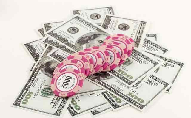 哈灵顿在现金桌 德州扑克中这四点绝招可以让你保持稳定盈利的状态