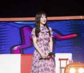 48岁的杨钰莹,上谢娜的新综艺节目,网友:太年轻了!