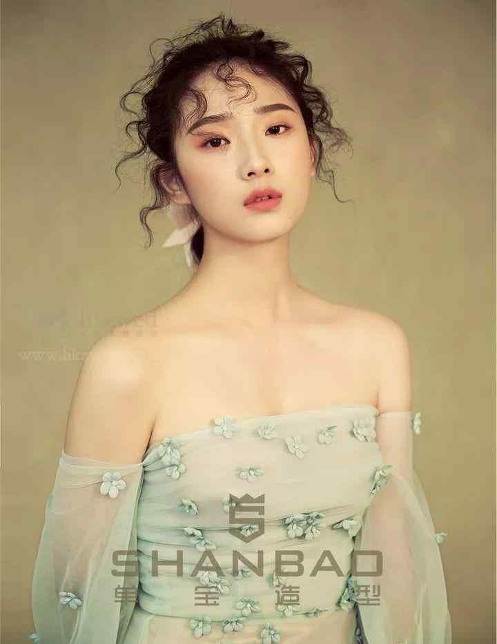 优秀的北京新娘跟妆团队,了解一下!