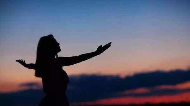有一种人,喜欢独来独往,很快乐
