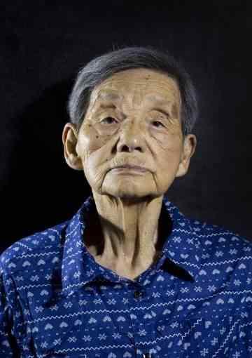 这是一条沉痛的消息:南京大屠杀幸存者马月华老人于今日凌晨去世