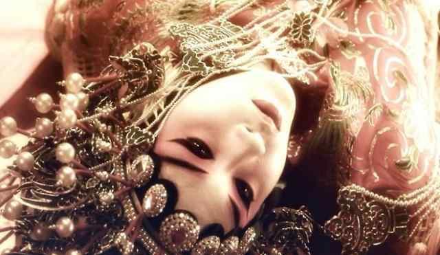 同样选择自杀的明星,张国荣自杀真相曝光,她遭遇三次感情挫折