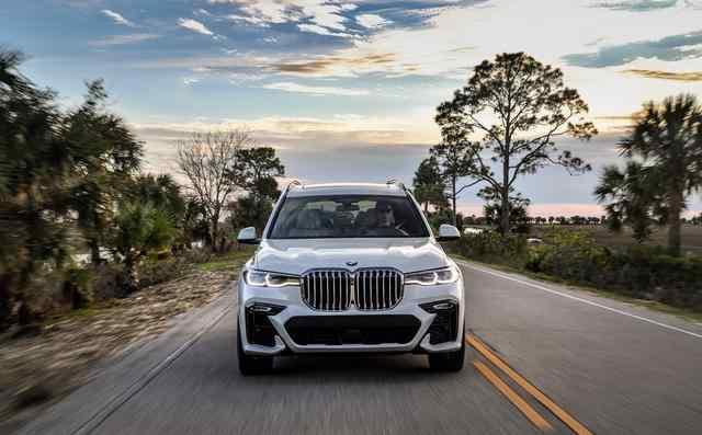 宝马 X7 xDrive50i全尺寸加身 豪华 舒适 智能科技SUV