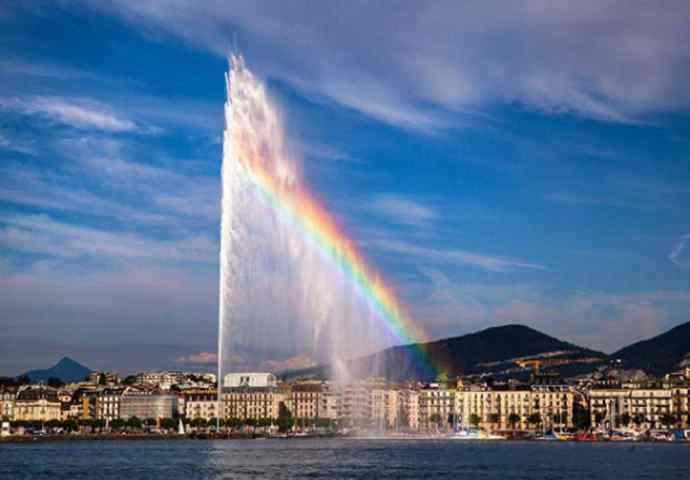 人工喷泉 世界上最大的人工喷泉 运气好可以见到彩虹却少有人知
